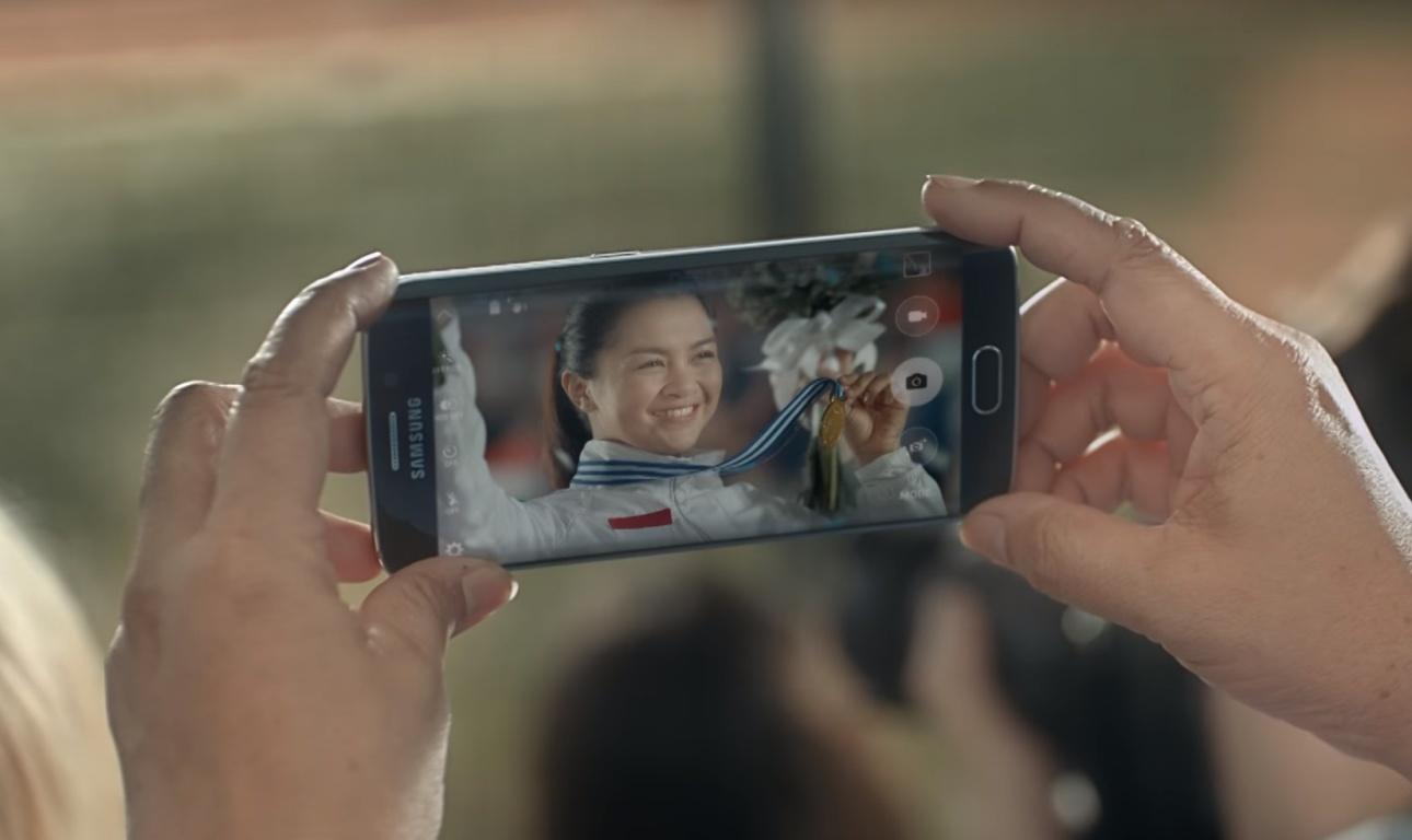 Samsung Galaxy S7 edge - kadr z materiału promocyjnego Samsunga