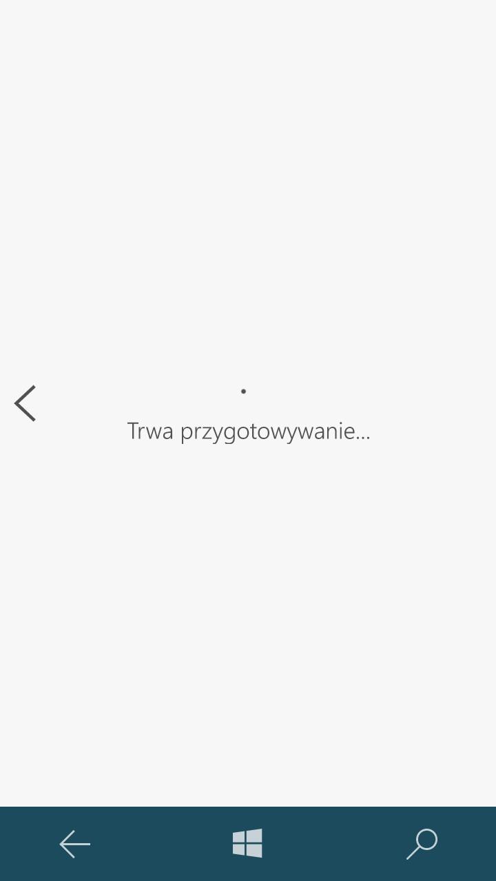 Ten ekran w Lumii 650 też próbuje ukryć zbyt wolną pracę systemu... - 90sekund.pl
