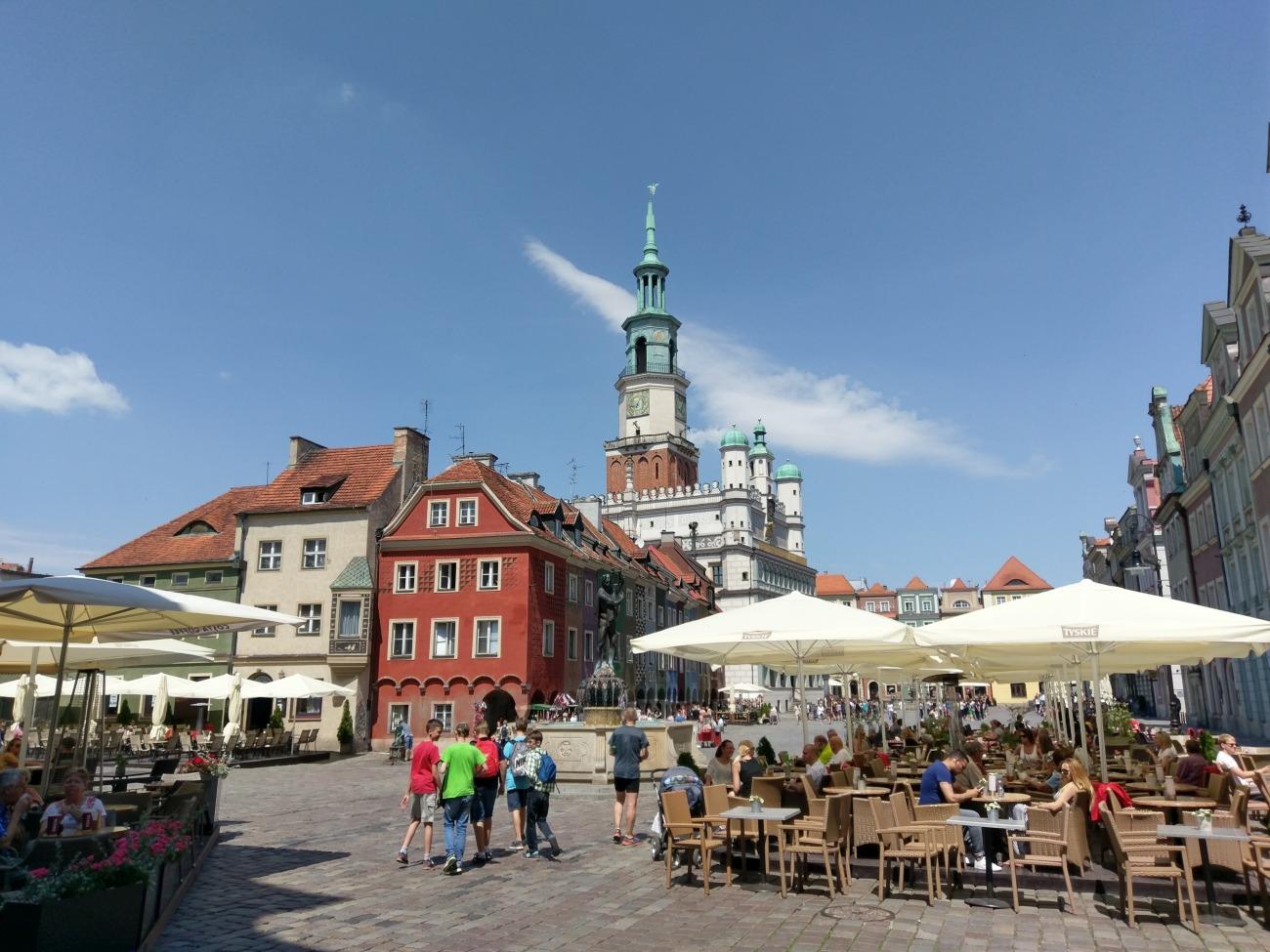 Stary Rynek w Poznaniu - zdjęcie wykonane HTC 10 - 90sekund.pl