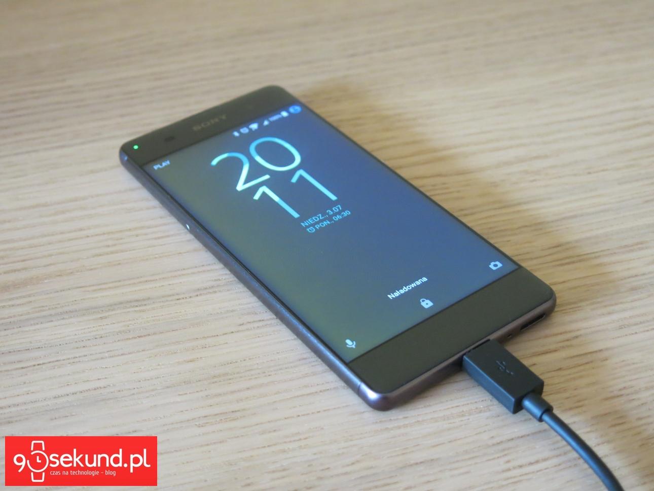 Sony Xperia XA - recenzja 90sekund.pl