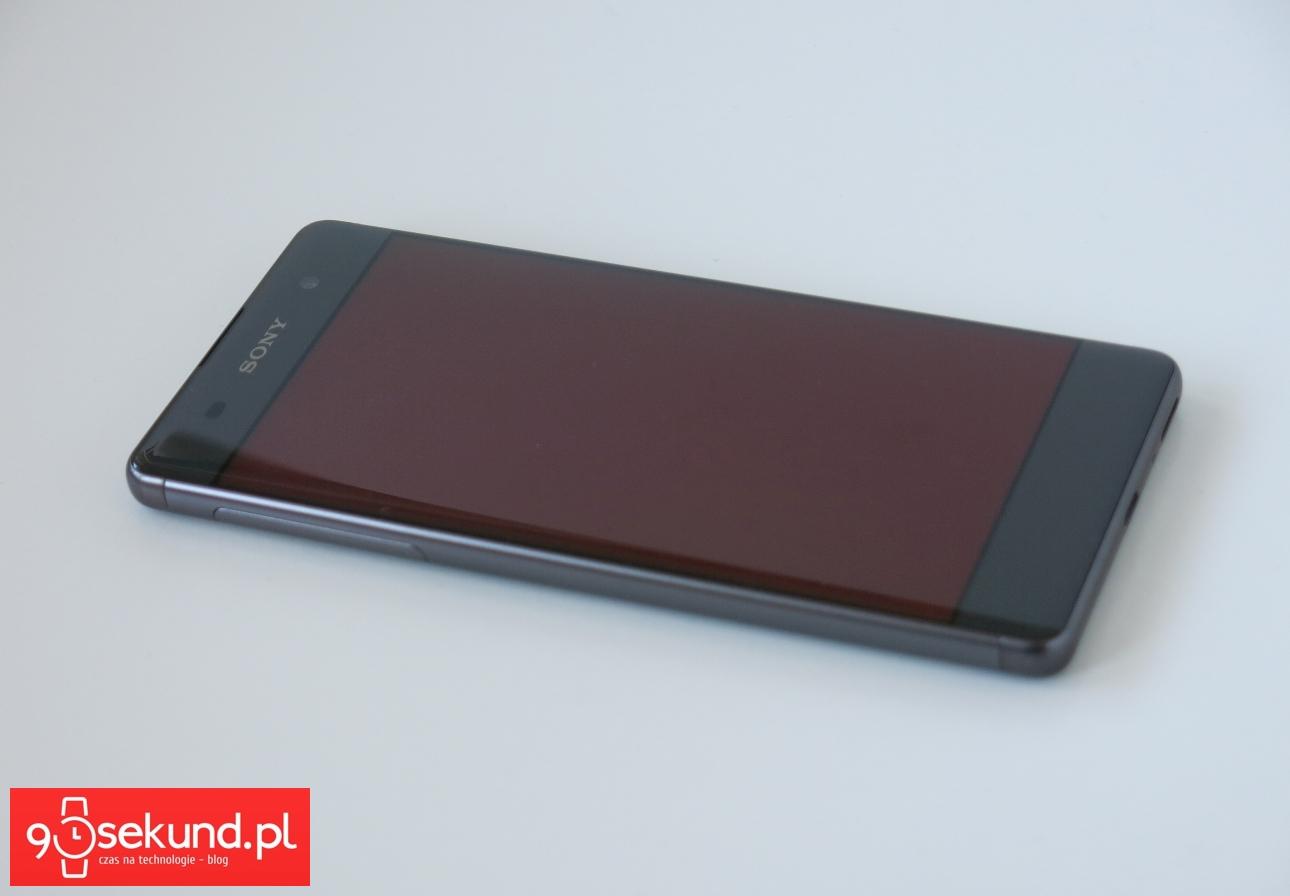 Sony Xperia XA - ekran oglądany pod kątem - recenzja 90sekund.pl