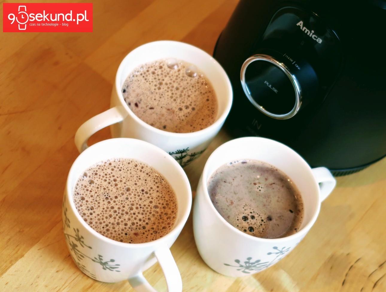 Kawa z lodami z blendera Amica BTK 5011 IN - 90sekund.pl