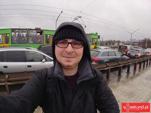 Selfie szerokokątne - wykonane Sony Xperią XZ1 Compact - recenzja aparatu na 90sekund.pl