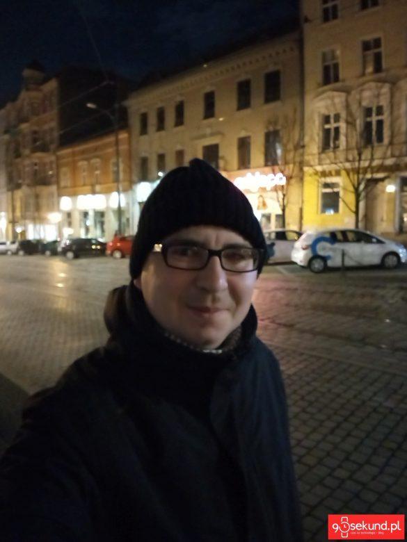 Selfie wykonane Sony Xperią XA1 Plus - 90sekund.pl