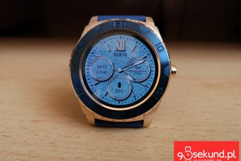 Recenzja Guess Connect Touch C1001G2 - 90sekund.pl