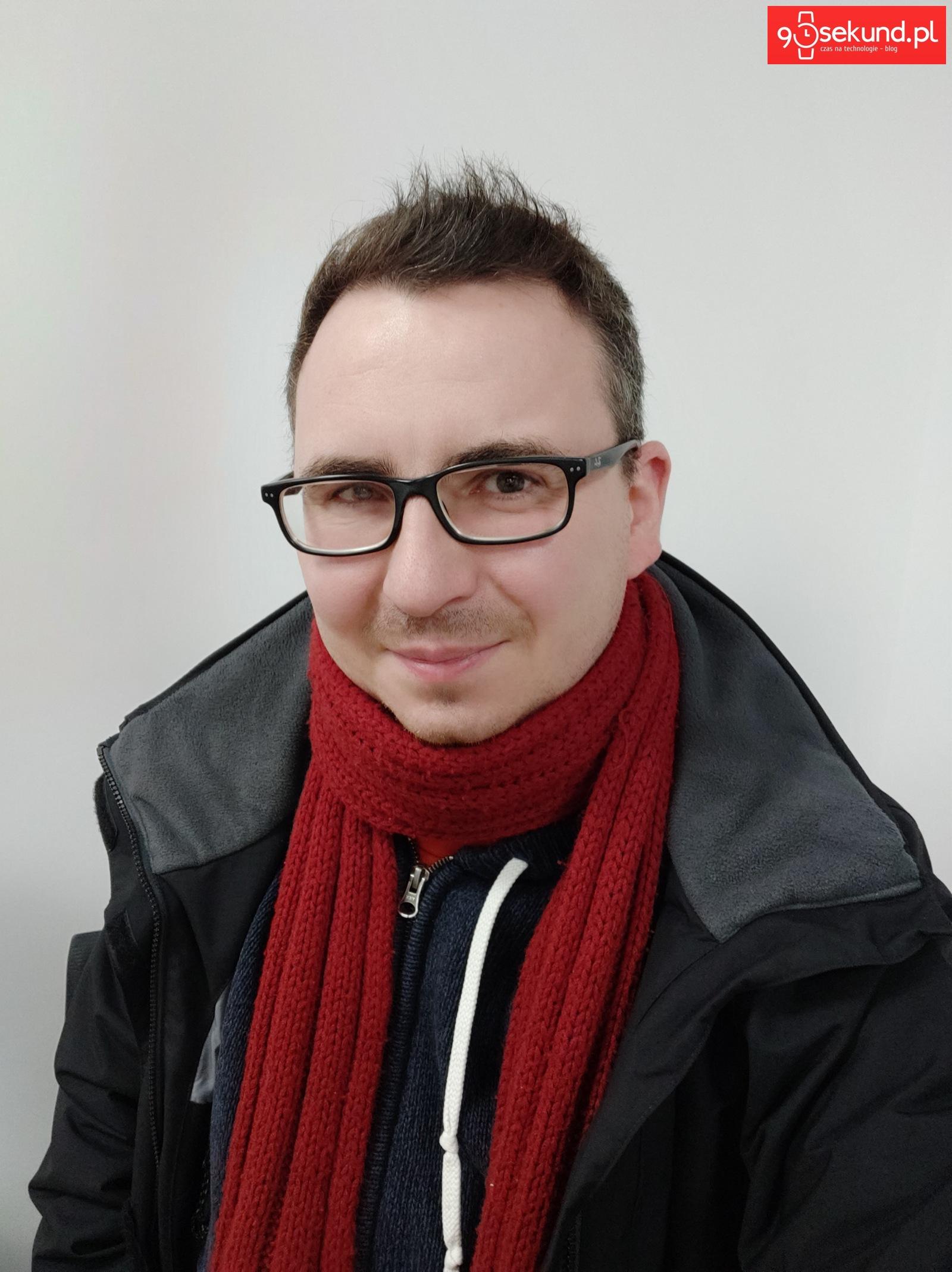 Aparat w Xiaomi Mi 8 Pro - Michał Brożyński 90sekund.pl