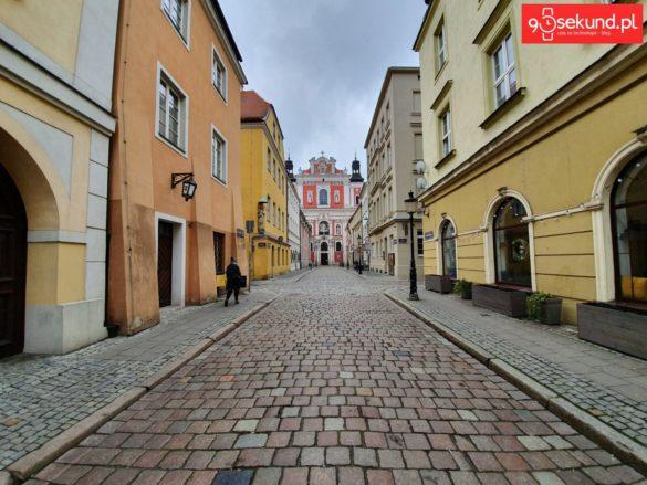 Ultraszeroki kąt w Galaxy S10 Plus - Michał Brożyński 90sekund.pl