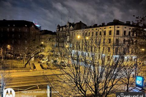 Zdjęcie w Trybie Nocnym z Motoroli One Zoom - 90sekund.pl - Michał Brożyński